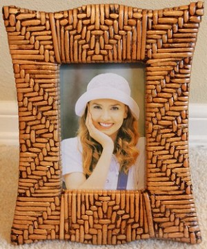 Wave Edge Rattan Photo Frame