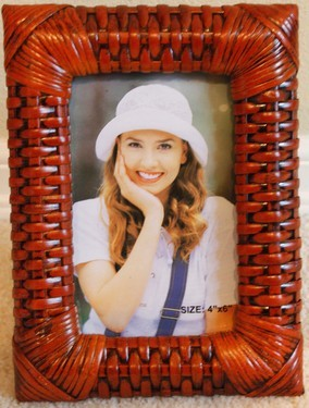 FRR-03003 Wrapped-Corner Rattan Photo Frame 4x6
